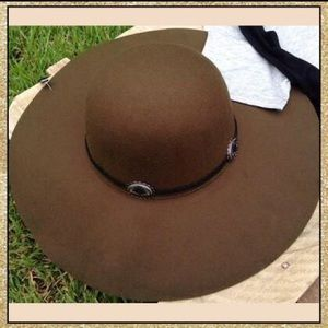Accessories - 'Wanderer' Dark Olive Hat